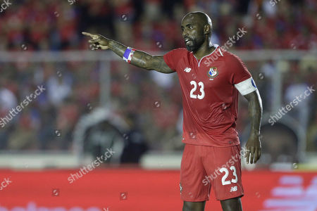 Panama national team captain Felipe Baloy gives instructions to teammates during a friendly soccer match against Northern Ireland in Panama City