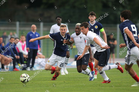 Alan Campbell of Scotland U21's battles for the ball during Scotland Under-21 vs France Under-20, Tournoi Maurice Revello Football at Stade d'Honneur Marcel Roustan on 30th May 2018