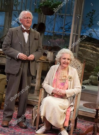 Stock Photo of Penelope Keith as Mrs St Maugham,  Oliver Ford Davies as the Judge
