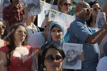 Noted human rights activist Linda Sarsour, center.