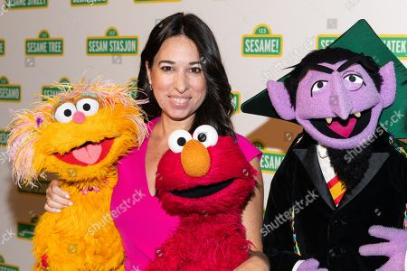 Melissa Gerstein with Zoe, Elmo and The Count