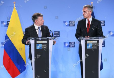 Colombian President Juan Manuel Santos Calderon (L) and NATO Secretary General Jens Stoltenberg give a joint statement after a meeting at NATO headquarters in Brussels, Belgium, 31 May 2018. Colombia will be NATO's first Latin American partner.
