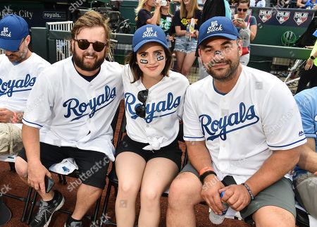 Haley Joel Osment, Laura Marano and Ian Gomez
