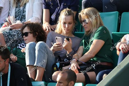 Ilona Smet and mother Estelle Lefebure with her son Giuliano