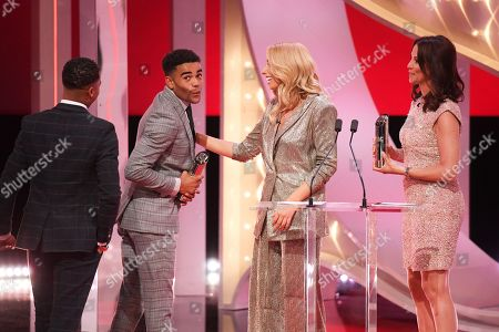 Stock Photo of Theo Graham and Malique Thompson-Dwyer - Best On-Screen Partnership - presented by Stacey Solomon and Andrea McLean