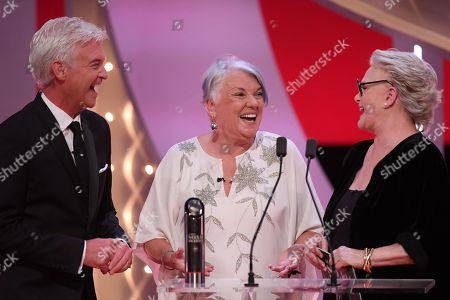 Phillip Schofield, Tyne Daly and Sharon Gless