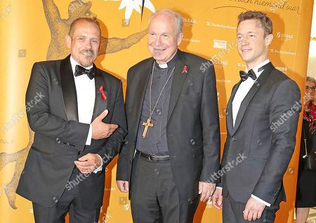 Gernot Blümel and Kardinal Erzbischof Christoph Schönborn and Gery Keszler