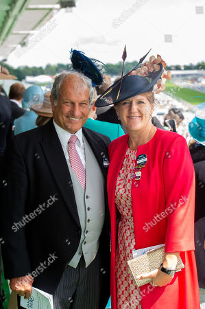 Bob Champion and Clare Balding in the Queen's Stand