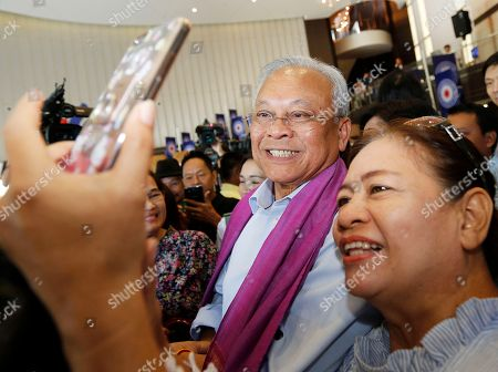 Suthep Thaugsuban (2-R), Thai former protest leader of People's Democratic Reform Committee and former of Democrat Party secretary-general, poses for a selfie with supporters after the first meeting of the Action Coalition for Thailand (ACT) party at Rangsit University in Bangkok, Thailand, 03 June 2018. Suthep who is one of the co-founders of ACT party, as launch to the publicly in the meeting between the co-founders and supporters on 03 June.