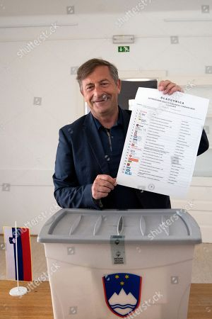 Slovenian Foreign Minister Karl Erjavec, leader of the Democratic Party of Pensioners of Slovenia (DeSUS), poses as he casts his ballot at a polling station in Naklo, Slovenia, 03 June 2018. Slovenia holds snap parliamentary elections that were sparked by the resignation of Prime Minister Cerar in March.