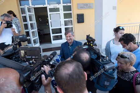 Slovenian Foreign Minister Karl Erjavec, leader of the Democratic Party of Pensioners of Slovenia (DeSUS), gives a statement to the media after casting his ballot at a polling station in Naklo, Slovenia, 03 June 2018. Slovenia holds snap parliamentary elections that were sparked by the resignation of Prime Minister Cerar in March.