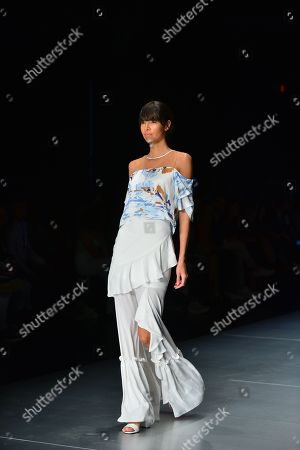 Foto en stock de Model on the catwalk