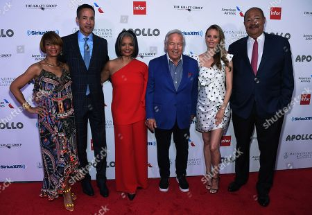 Karen Phillips, Charles Phillips, Jonelle Procope, Robert Kraft, Ricki Lander and Richard Parsons
