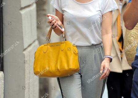Euridice Axen, handbag detail