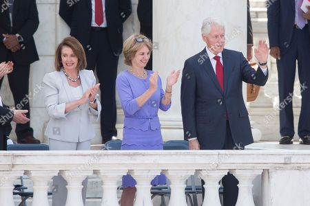 Bill Clinton, Kathleen Kennedy Townsend and Nancy Pelosi