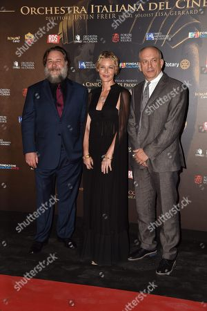 Russell Crowe, Connie Nielsen, Tomas Arana