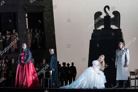 Christine Goerke as Ortrud, Georg Zeppenfeld as King Heinrich, Jennifer Davis as Elsa,  Klaus Florian Vogt as Lohengrin,