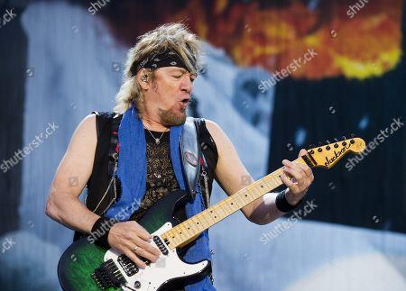 Iron Maiden - Adrian Smith