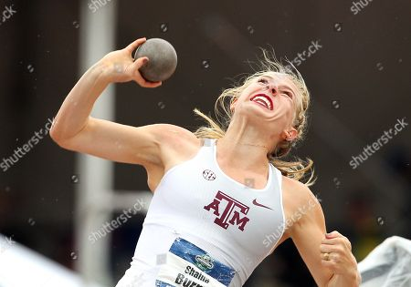 Stock Image of Shaina Burns competes in the Shot Put portion of the Heptathlon at the NCAA Track & Field Championships at Historic Hayward Field, Eugene, OR. Larry C