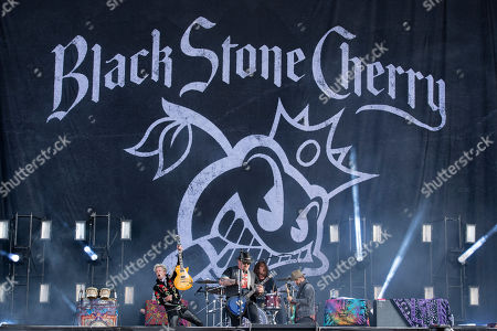Black Stone Cherry - Chris Robertson, Ben Wells, Jon Lawhon John Fred Young