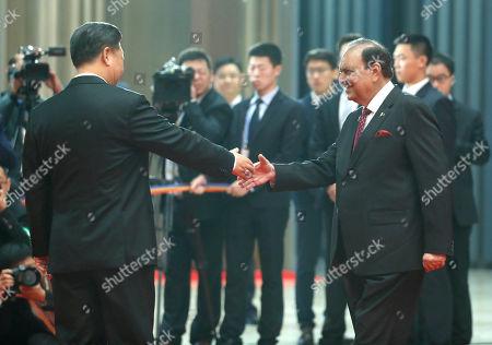 Xi Jinping and Mamnoon Hussain