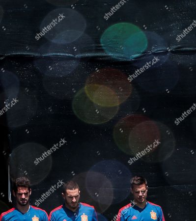 Spain national team players Francisco Alarcon 'Isco' (L), Jorge Resurreccion Merodio 'Koke' (C) and Cesar Azpilicueta (R) take part in a training session of their team in Krasnodar, Russia, 10 June 2018. The team prepare for FIFA World Cup 2018 in Russia running from 14 June to 15 July.