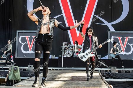 "Black Veil Brides - Andy Biersack, Ashley Purdy, Jeremy Miles Ferguson, Jake Pitts and Christian ""CC"" Coma"