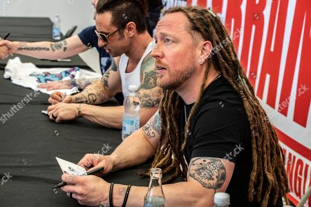 Shinedown- Barry Kerch