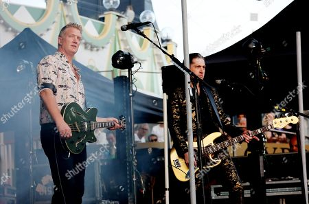 Josh Homme, Michael Shuman, Queens Of The Stone Age