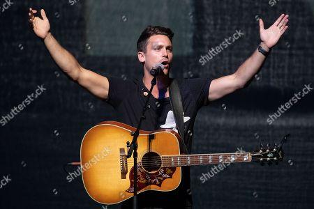 Singer-songwriter Bastian Baker