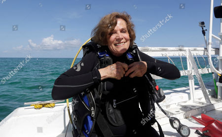 """Marine biologist Sylvia Earle prepares to survey the corals off the coast of Islamorada, Fla. U.S. The American oceanographer Sylvia Earle, known as """"the lady of the deep,"""" has won the Princess of Asturias Award for Concord in 2018 announced on . The awards are given out in the fall"""