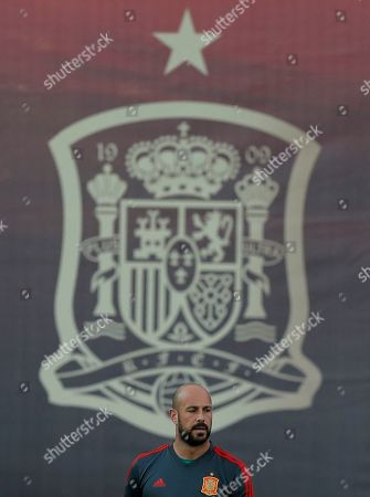 Spain's goalkeeper Pepe Reina takes part during a training session of Spain at the 2018 soccer World Cup in Krasnodar, Russia
