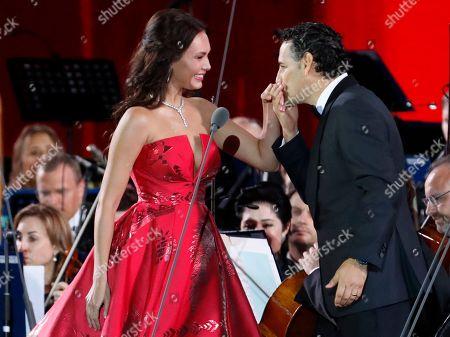 Juan Diego Florez and Aida Garifullina