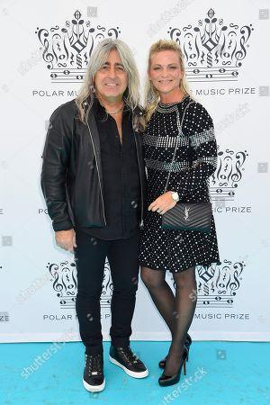 Stock Photo of Mikkey Dee med fru Mia