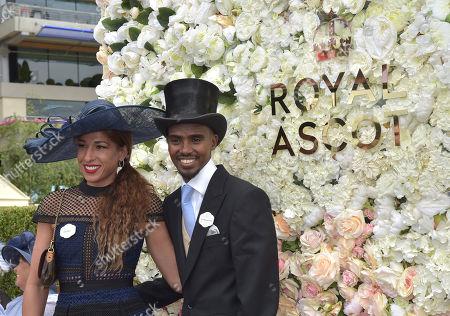 Mo and Tania Farah arrive at the racecourse