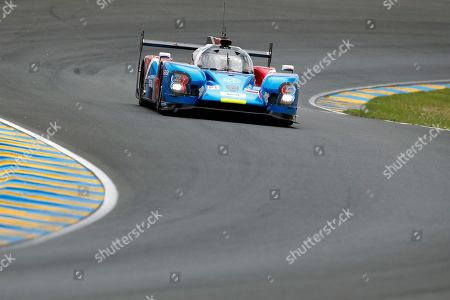 The BR Engineering BR1 driven by Vitaly Petrov, Mikhail Aleshin, both of Russia, and Jenson Button of Britain in action, during the 86th 24-hour Le Mans endurance race, in Le Mans, western France