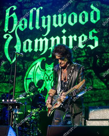 Stock Image of Hollywood Vampires - Joe Perry