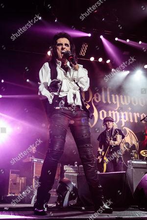 Hollywood Vampires - Alice Cooper, Johnny Depp