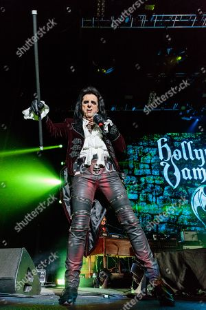 Hollywood Vampires - Alice Cooper