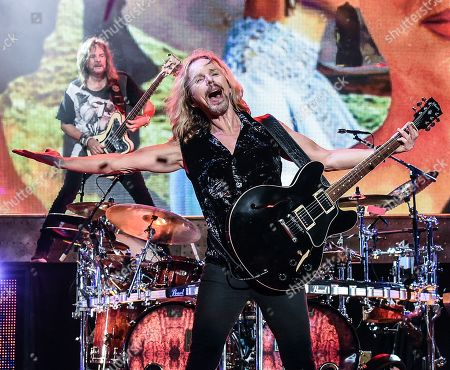 Ricky Phillips and Tommy Shaw of Styx