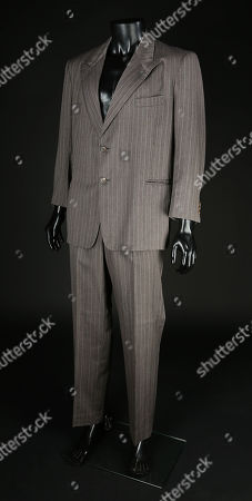 Stock Picture of Eddie Valiant's (Bob Hoskins) suit from Robert Zemeckis' Oscar winning detective comedy Who Framed Roger Rabbit. Valiant wore his suit throughout the film as he reluctantly worked to clear the name of Roger Rabbit, who had been accused of murdering Toontown owner Marvin Acme (Stubby Kaye).