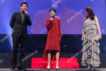 Japanese actress Yoshino Kimura (C) speaks