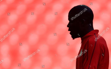 Senegalese national soccer team goalkeeper Khadim Ndiaye during a training session in Moscow, Russia, 18 June 2018. Senegal will face Poland in a group H match of the FIFA World Cup 2018 on 19 June 2018 in Moscow.