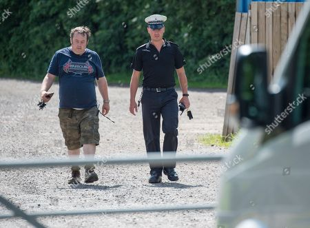 Police Forensic Officer Arrive To Continue Inspecting Hamerton Zoo In Cambridgeshire Where 33 Years Old Zoo Keeper Rosa King Was Killed By A Tiger. 01.06.2017.