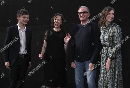 Lewis MacDougall, Kristen Schaal, Peter Fonda, Vera Farmiga