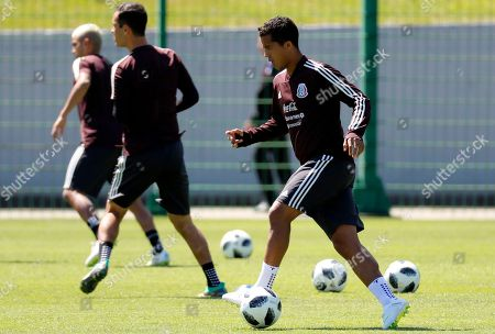 Mexican player Giovani dos Santos attends a training in Moscow 20 June 2018. Mexico will face South Korea in the FIFA World Cup 2018 Group F preliminary round soccer match on 23 June 2018. The FIFA World Cup 2018 takes place in Russia from 14 June until 15 July 2018.
