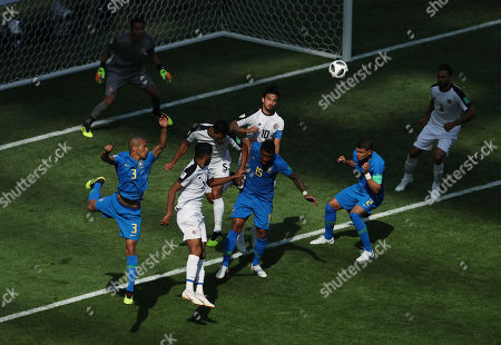 Celso Borges of Costa Rica makes a defensive header