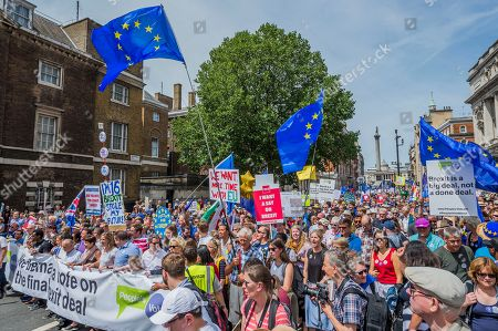 The march is led by Tony Robinson, Gina Miller, Vince Cable and Anna Soubry amongst others - People's March for a People's Vote on the final Brexit deal. Timed to coincide with the second anniversary of the 2016 referendum it is organised by anti Brexit, pro EU campaigners.