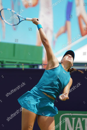 Stock Photo of Ana Konjuh (CRO) Vs Kateryna Bondarenko (UKR) at the Nature Valley International at Devonshire Park, Eastbourne. Picture by Jonathan Dunville