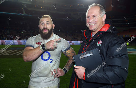 Joe Marler of England with Richard Hill (Team Manager) of England during the 2018 Castle Lager Incoming Series 3rd Test match between South Africa and England at Newlands Rugby Stadium,Cape Town,South Africa. 23,06,2018 Photo by (Steve Haag JMP)